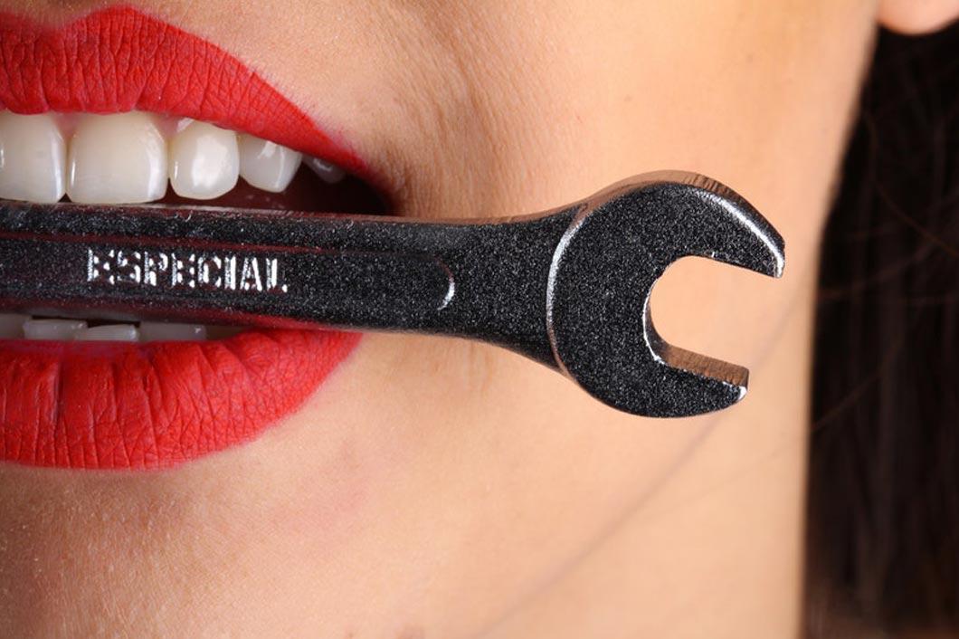 como afectan dientes bajada defensas